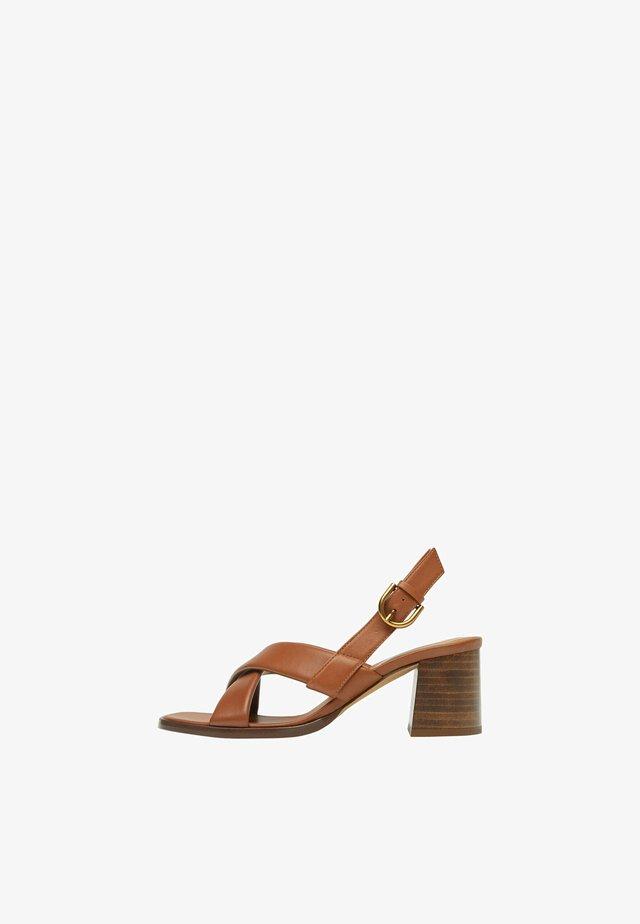 Sandály na vysokém podpatku - light brown