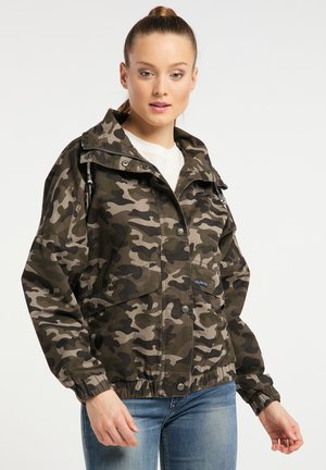 Winter jacket - camouflage