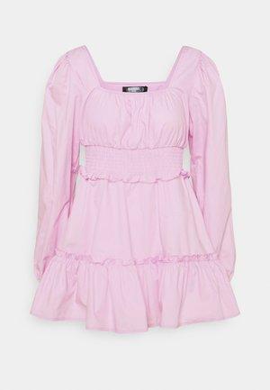 SHIRRED WAIST TIERED DRESS DITSY - Kjole - pastel pink