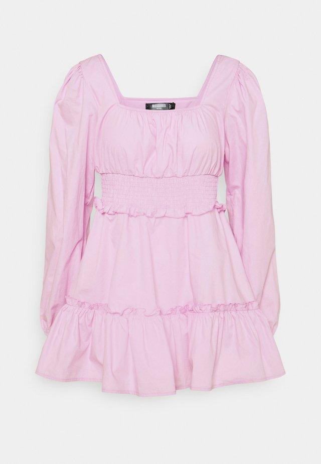 SHIRRED WAIST TIERED DRESS DITSY - Sukienka letnia - pastel pink