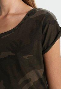 Urban Classics - CAMO  - Print T-shirt - olive - 3
