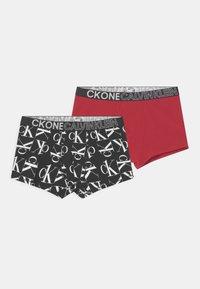 Calvin Klein Underwear - TRUNKS 2 PACK - Pants - black/rich red - 0