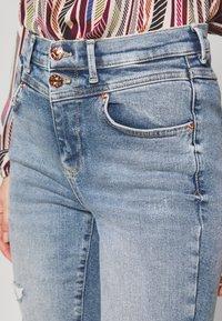 ONLY - ONLCHRISSY - Jeans Skinny Fit - light blue denim - 4