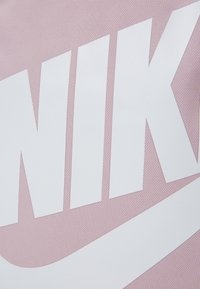Nike Sportswear - ELEMENTAL UNISEX - Rucksack - plum chalk/black - 3