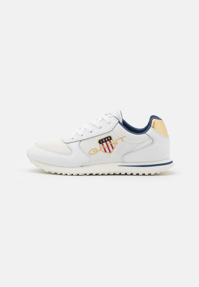 BEJA  - Sneakersy niskie - bright white/offwhite