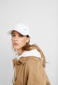 Calvin Klein - SIDE LOGO - Casquette - white - 4