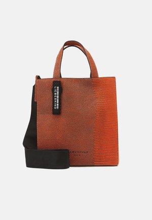 PAPER BAG S - Håndveske - brillant orange