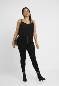 Missguided Plus - RING ZIP OUTLAW - Jeggings - black - 1
