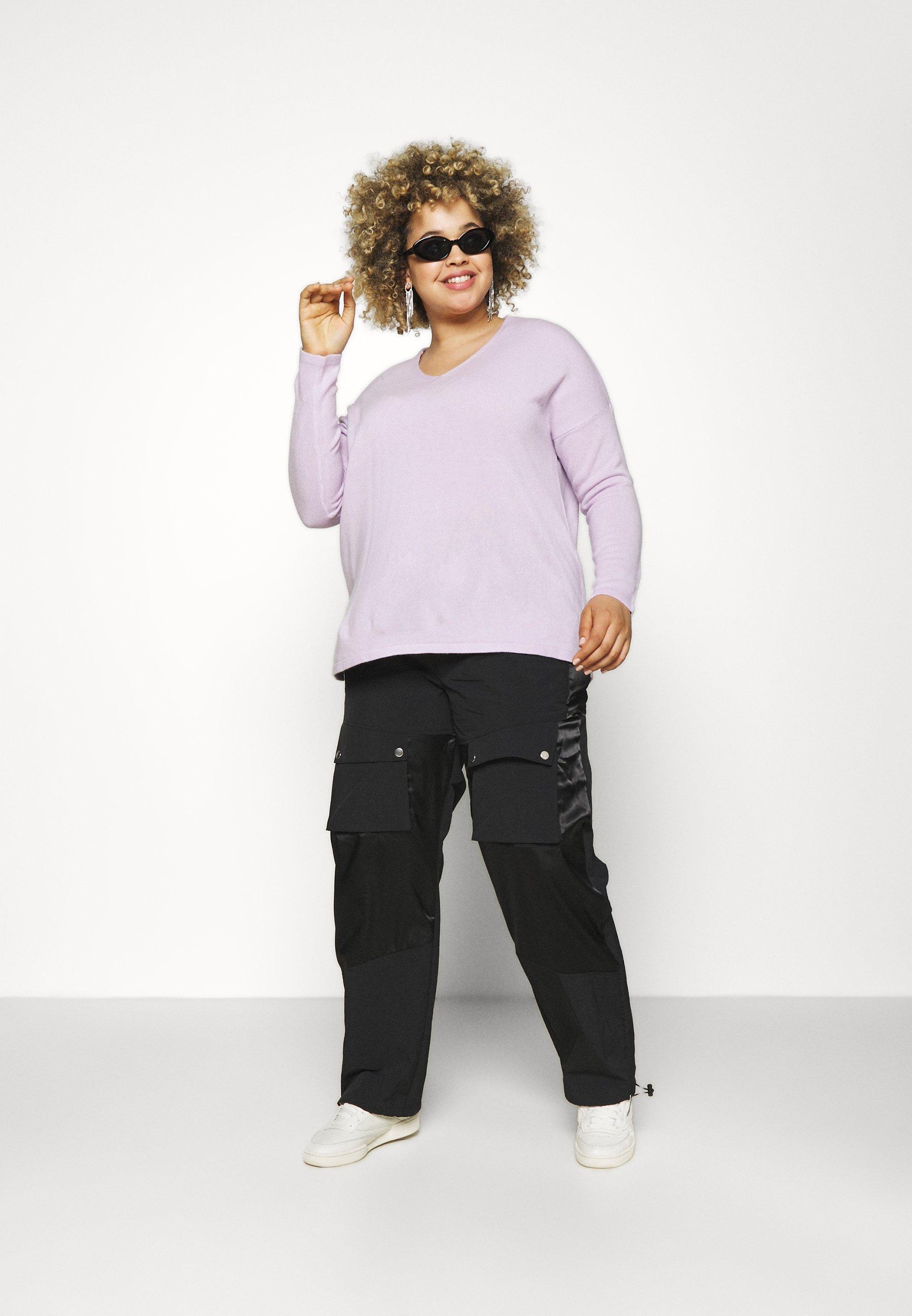 Femme CARAMALIA V NECK - Pullover