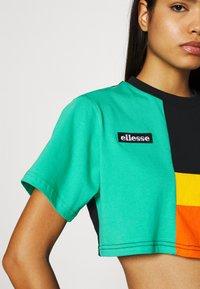 Ellesse - NIKITA - Print T-shirt - multi - 3
