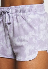 Onzie - DIVINE SHORT - Pantalón corto de deporte - lavender acid - 4