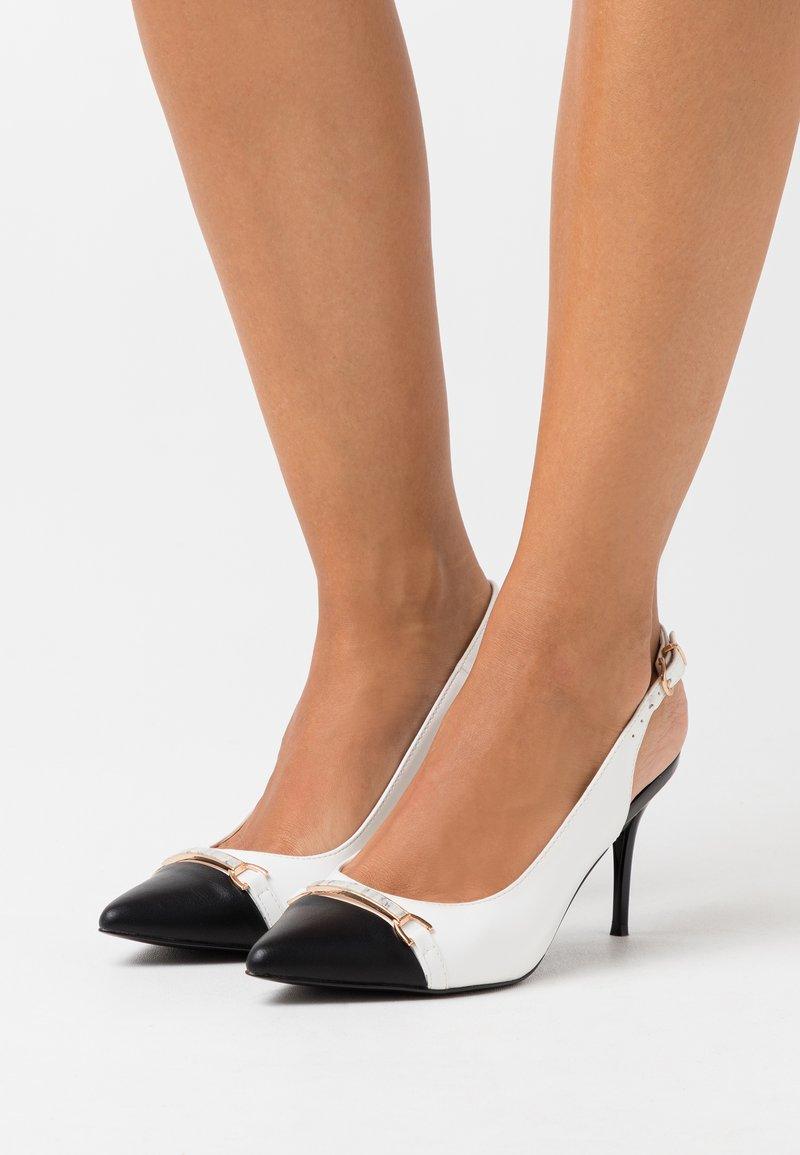 Wallis - CANNON - High heels - white/black