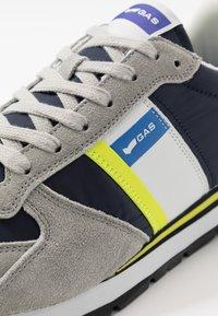 GAS Footwear - ROB - Trainers - grey - 5