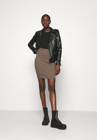 Calvin Klein Jeans - SLUB MINI SKIRT - Pencil skirt - dusty brown - 1