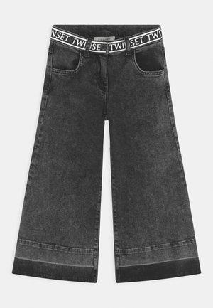 WIDE LEG - Jeans bootcut - nero