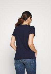 GAP Petite - TEE - Camiseta estampada - navy uniform - 2