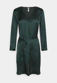 JDY - JDYFIFI SHORT DRESS - Denní šaty - scarab - 0