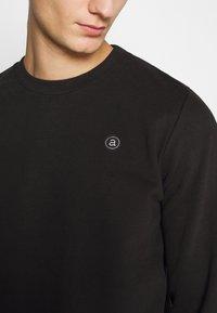 Anerkjendt - AKALLEN - Sweatshirt - caviar - 4