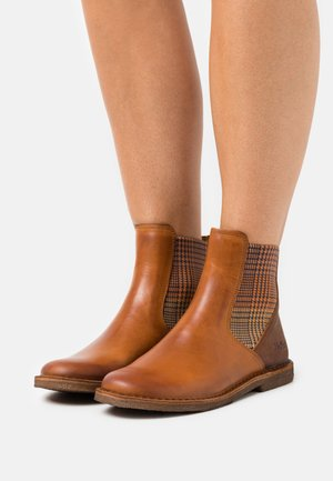 TINTO - Classic ankle boots - orange/camel