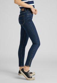Lee - SCARLETT - Jeans Skinny Fit - stone travis - 3