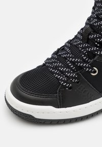 BOSS Kidswear - TRAINERS - High-top trainers - black - 5