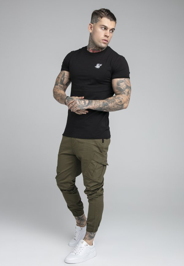 SIKSILK FITTED CUFF PANTS - BojÓwki - khaki Odzież Męska AKLX