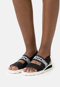 Love Moschino - Sandales compensées - nero - 0
