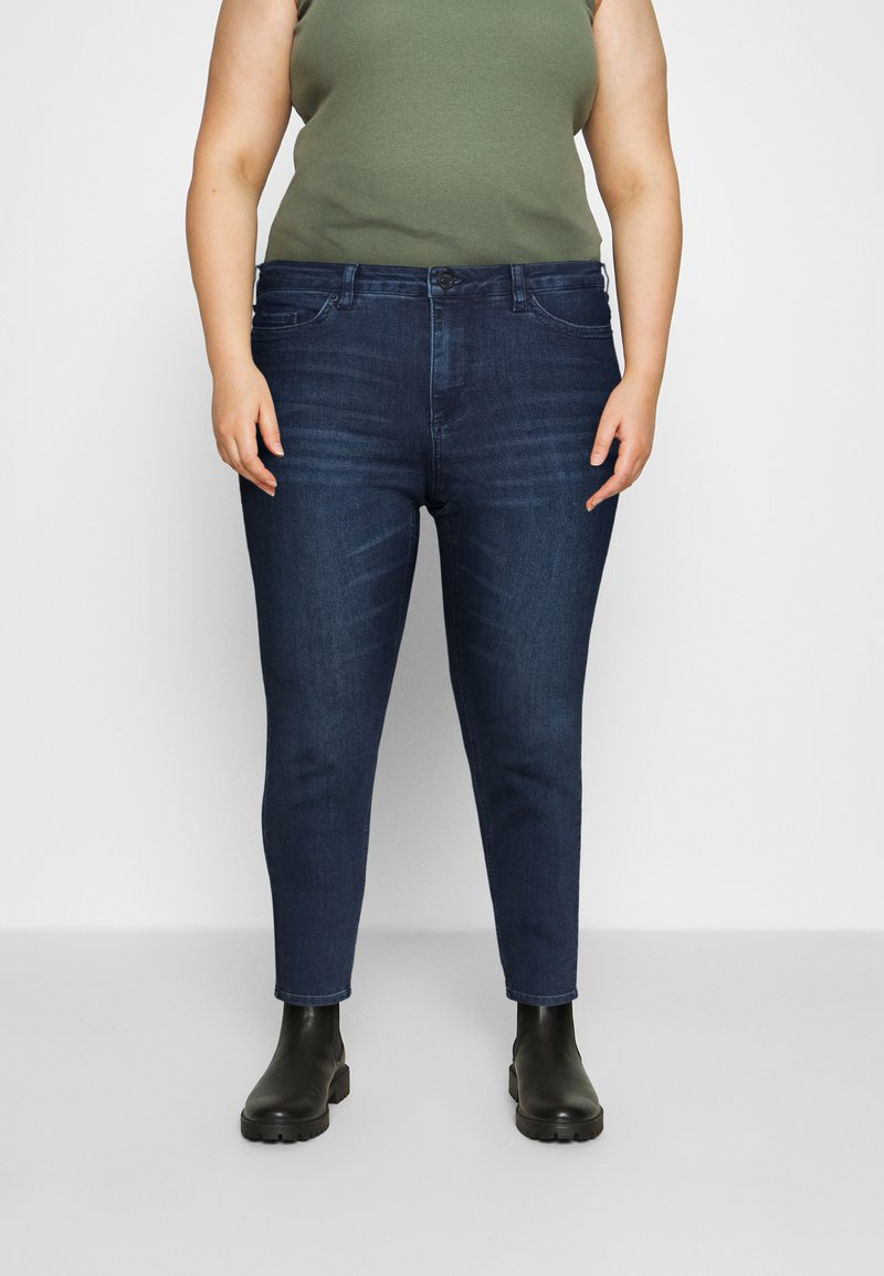 Vero Moda Curve - VMLORAEMILIE - Slim fit jeans - dark blue denim