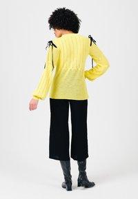 Solai - Jumper - celery yellow - 2