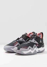 Jordan - WESTBROOK ONE TAKE - Basketball shoes - black/white/cement grey/bright crimson - 3