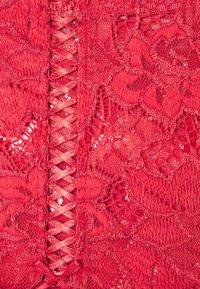 Sans Complexe - ARUM CULOTTE TAILLE MEDIUM - Pants - rouge cardinal - 2