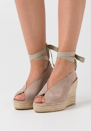 High heeled sandals - piedra