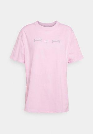T-shirt print - regal pink