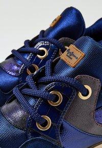 Pepe Jeans - DEAN SHION - Zapatos de vestir - dunkel ozaen blau - 5