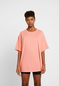 Nike Sportswear - T-paita - sunblush/white - 0