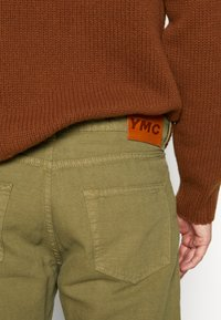 YMC You Must Create - TEARAWAY - Džíny Relaxed Fit - olive - 5