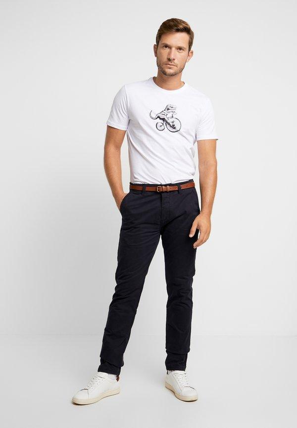 Pier One T-shirt z nadrukiem - white/biały Odzież Męska UMQI