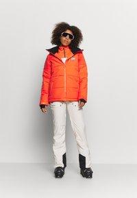 Billabong - DOWN RIDER - Snowboard jacket - samba - 1