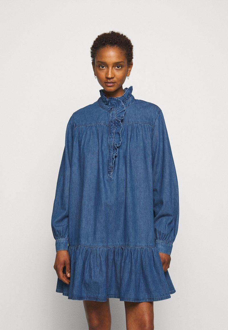Claudie Pierlot - RAINEBIS - Denimové šaty - jean