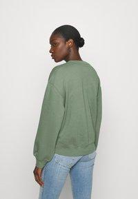 Abercrombie & Fitch - CREW - Sweatshirt - green - 2