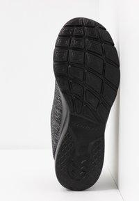 Skechers - DYNAMIGHT 2.0 - Slipper - black/charcoal - 6