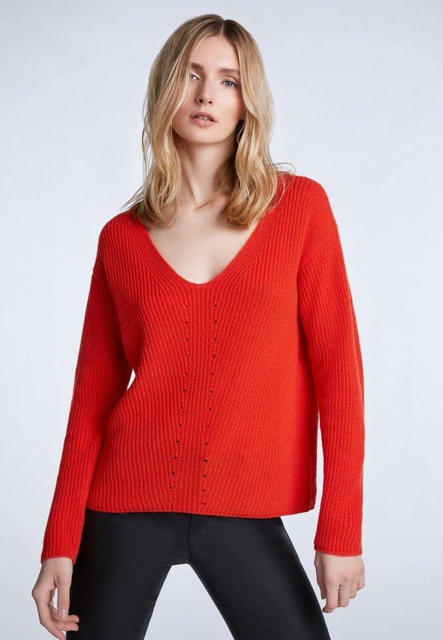 Jumper - racing red