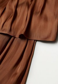 Mango - ROCIO - Plisovaná sukně - bräunliches orange - 8