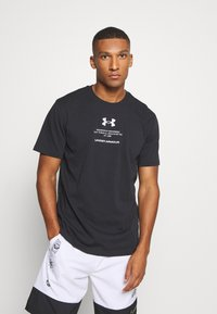 Under Armour - ORIGINATORS OF PERFORMANCE - Print T-shirt - black - 0