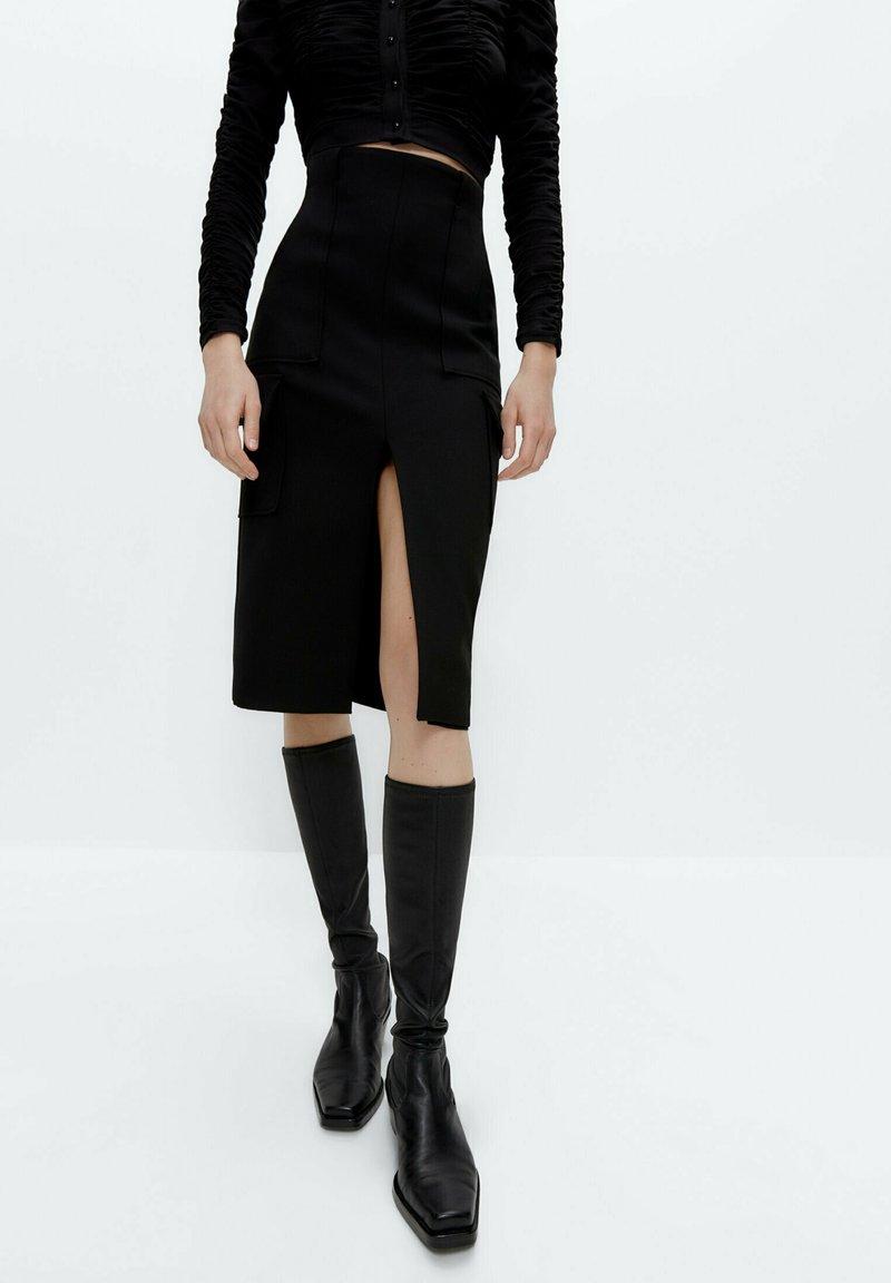 Uterqüe - Pouzdrová sukně - black