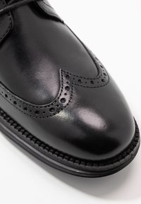 Cole Haan - ORIGINAL GRAND WINGTIP OXFORD - Stringate eleganti - black - 5