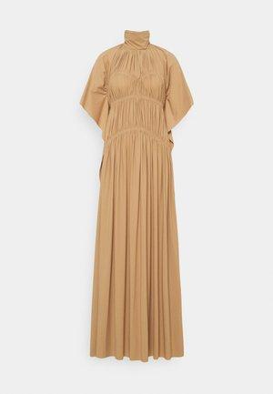HIGH NECK SMOCKED DRESS - Žerzejové šaty - soft beige