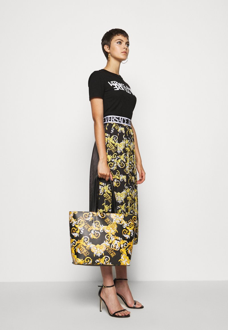 Versace Jeans Couture - Shopping bag - black/yellow