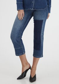 Dranella - DRLULU 1 TRACY JEANS - PATCHED JEANS - Slim fit jeans - mid blue denim - 0