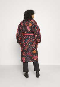 Farm Rio - ANIMAL SKY PUFFER JACKET - Classic coat - black - 2